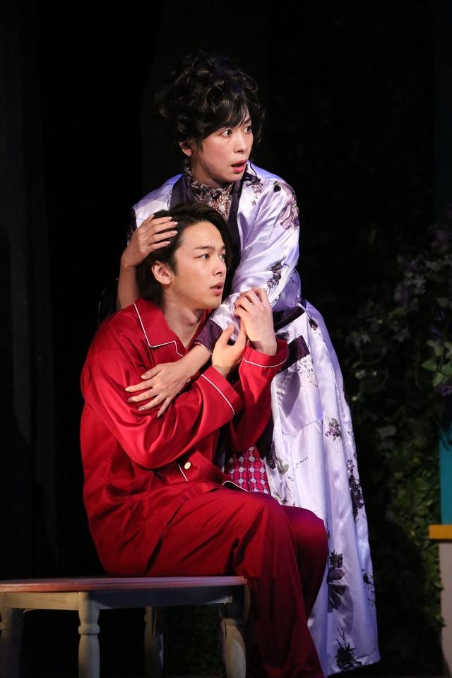 M&Oplaysプロデュース「クラッシャー女中」 撮影:宮川舞子