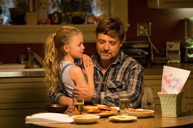 『パパが遺した物語』 (c)2014 FATHERS & DAUGHTERS NEVADA, LLC. ALL RIGHTS RESERVED