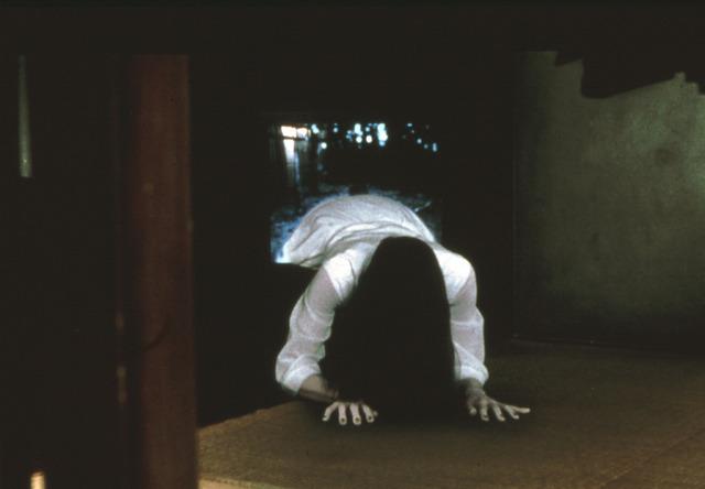 『リング』(C)1998「リング」「らせん」製作委員会
