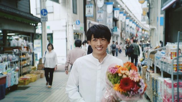 高橋一生出演新CM「笑って幸せに」篇