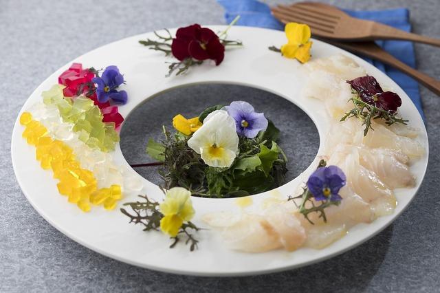 白身魚のカルパッチョ クラムゼリーソース☆