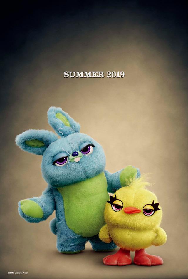 ダッキー&バニー『トイ・ストーリー4』 (C)2018 Disney/Pixar. All Rights Reserved.