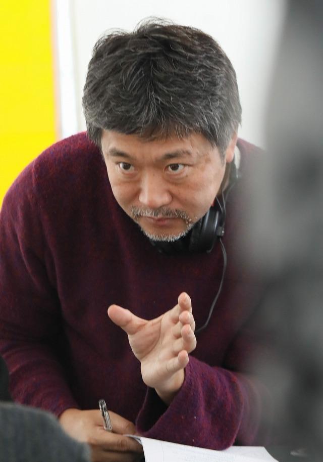 『真実』Photo L. Champoussin  (C)3B-分福-Mi Movies-France 3 Cinema