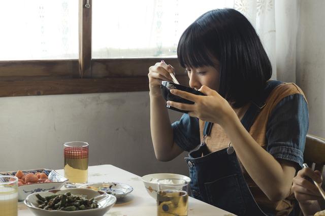 祝・誕生日!森七菜『最初の晩餐』(C)2019『最初の晩餐』製作委員会