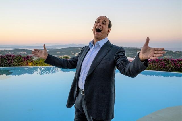 『LORO 欲望のイタリア』(C)2018 INDIGO FILM PATHE FILMS FRANCE 2 CINEMA