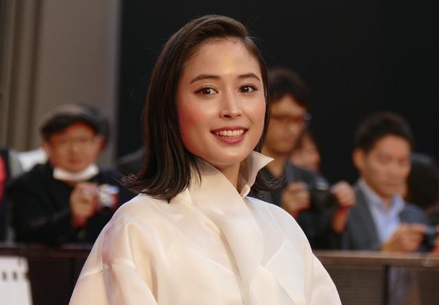第32回東京国際映画祭オープニングセレモニー フェスティバルミューズの広瀬アリス