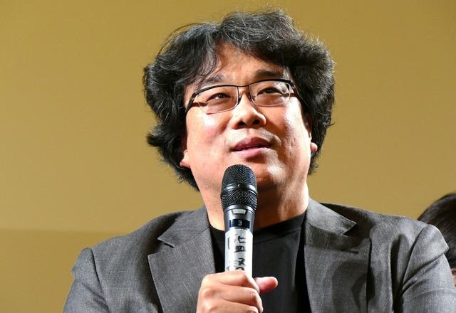 ポン・ジュノ監督『パラサイト 半地下の家族』国内最速試写会にサプライズ登壇