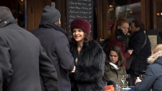 『冬時間のパリ』Charbon cafe (C) CG CINEMA / ARTE FRANCE CINEMA / VORTEX SUTRA / PLAYTIME