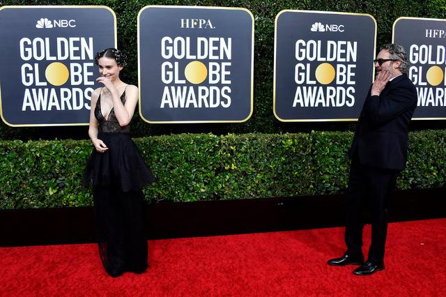 ルーニー・マーラ&ホアキン・フェニックス (C) Getty Images