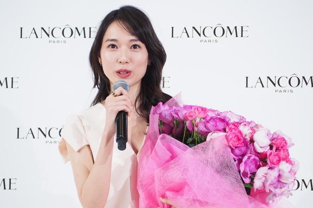 戸田恵梨香「ランコム 新製品およびグローバル アンバサダーお披露目」発表会