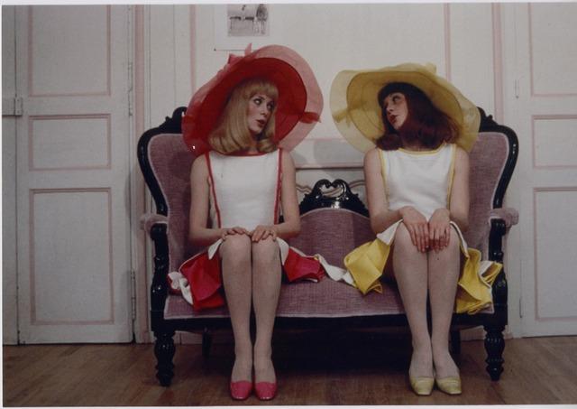『ロシュフォールの恋人たち』LES DEMOISELLES DE ROCHEFORT(c)cine tamaris 1996