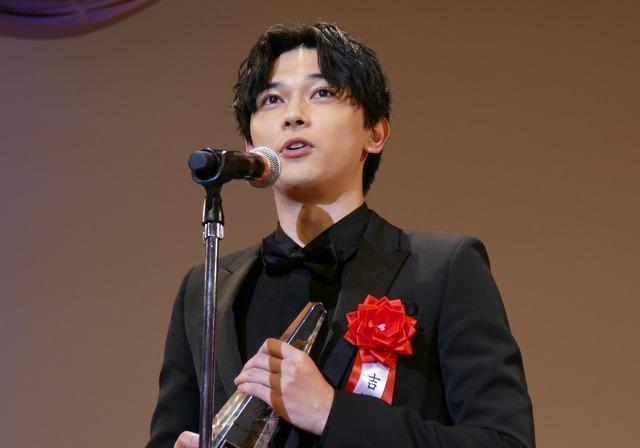 2020年第44回エランドール賞授賞式 吉沢亮
