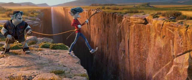 『2分の1の魔法』(C)2020 Disney/Pixar. All Rights Reserved.