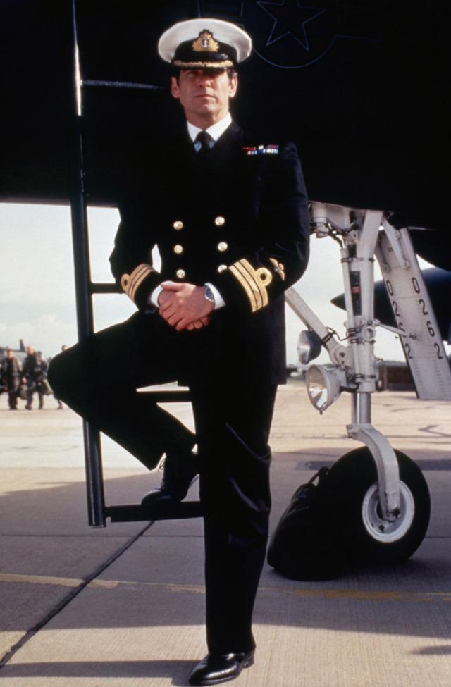 『007 トゥモロー・ネバー・ダイ』 (C) APOLLO