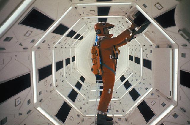 『2001年宇宙の旅』 - (C) ワーナー・ブラザーズ
