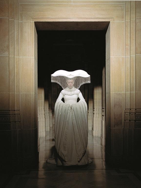 「石岡瑛子 血が、汗が、涙がデザインできるか」石岡瑛子 映画『落下の王国』(ターセム・シン監督、2006年)衣装デザイン    (C)2006 Googly Films, LLC. All Rights Reserved.
