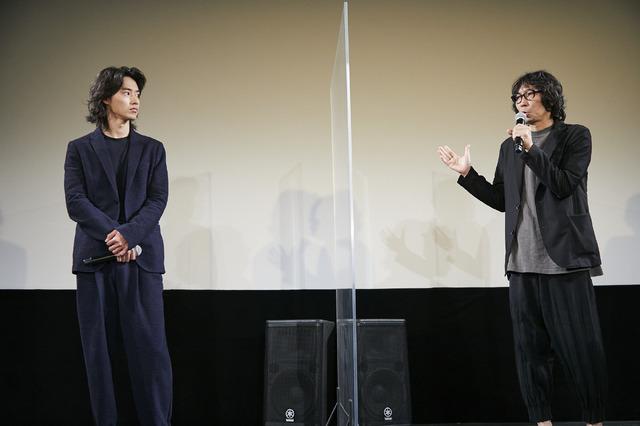 『劇場』初日舞台挨拶(C)2020「劇場」製作委員会