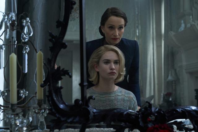 Netflix映画『レベッカ』10月21日(水)より独占配信開始