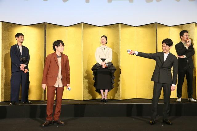 『浅田家!』初日舞台挨拶(C)2020「浅田家!」製作委員会