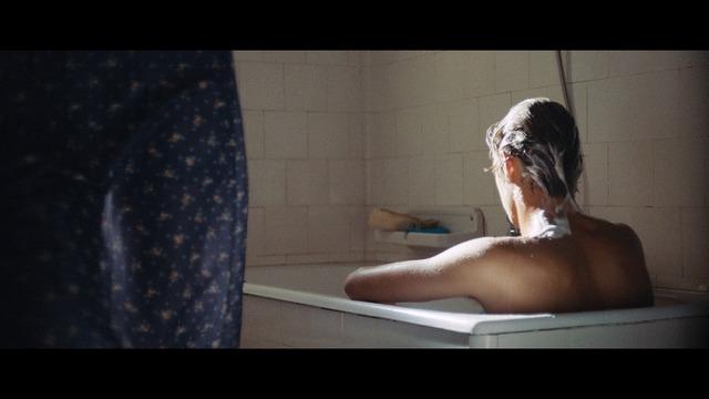 『最後の入浴』(c)C.R.I.M./BOCALUPO