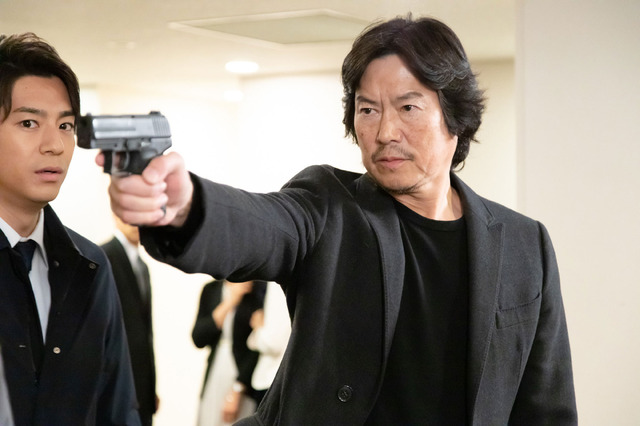 「逃亡者」 (C) 2020 TV Asahi & Warner Bros. International Television Production Limited. All Rights Reserved.