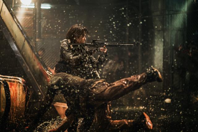 『新感染半島 ファイナル・ステージ』(C)2020 NEXT ENTERTAINMENT WORLD & REDPETER FILMS.All Rights Reserved.