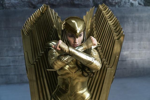 『ワンダーウーマン 1984』WONDER WOMAN and all related characters and elements are trademarks of and (c) DC. Wonder Woman 1984 (c) 2020 Warner Bros. Entertainment Inc. All rights reserved.