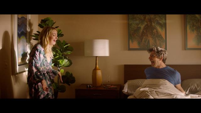 『パーム・スプリングス』(c)2020 PS FILM PRODUCTION,LLC ALL RIGHTS RESERVED.