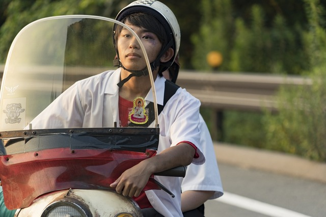『太陽は動かない』加藤清史郎(C)吉田修一/幻冬舎 (C)2020「太陽は動かない」製作委員会