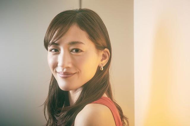 綾瀬はるか『奥様は、取り扱い注意』/photo:Jumpei Yamada