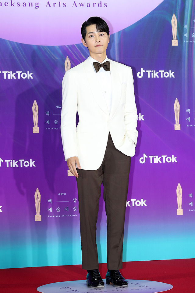 ソン・ジュンギ 第57回百想芸術大賞 レッドカーペット Image Courtesy of the Baeksang Arts Awards