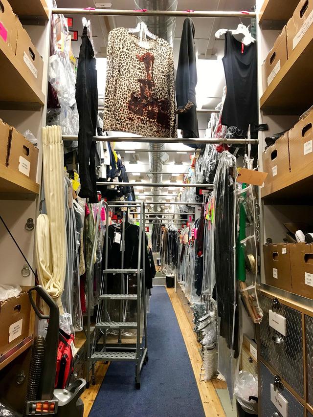 スタジオ内の衣装ルーム
