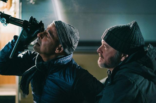 『スーパーノヴァ』 (C) 2020 British Broadcasting Corporation, The British Film Institute, Supernova Film Ltd.